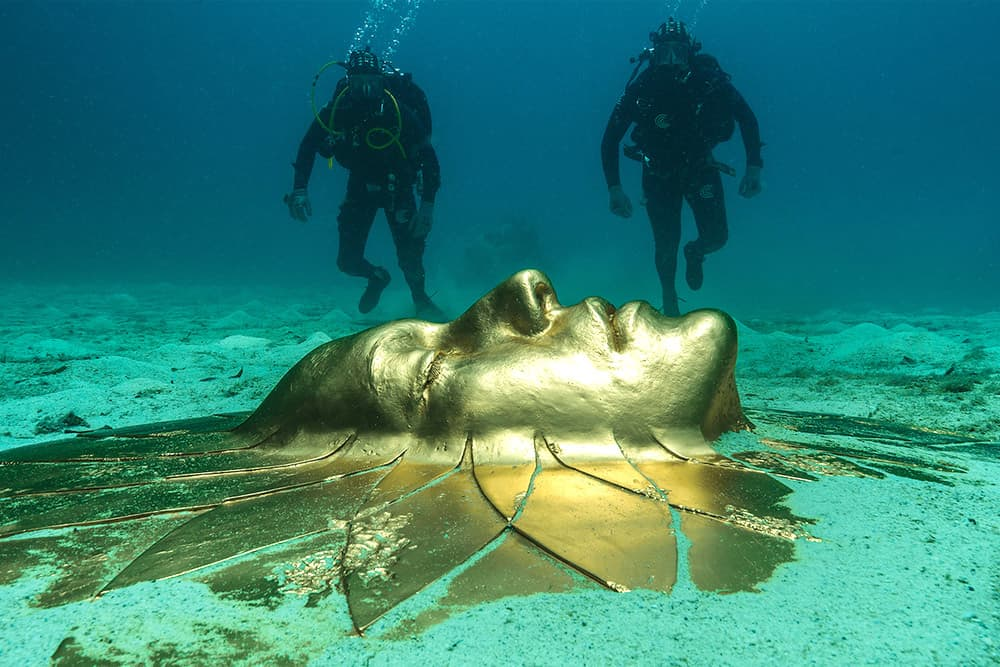 Guy Digs Up Ancient Underwater Treasures and Turns Them Into Art, Making Him Millions