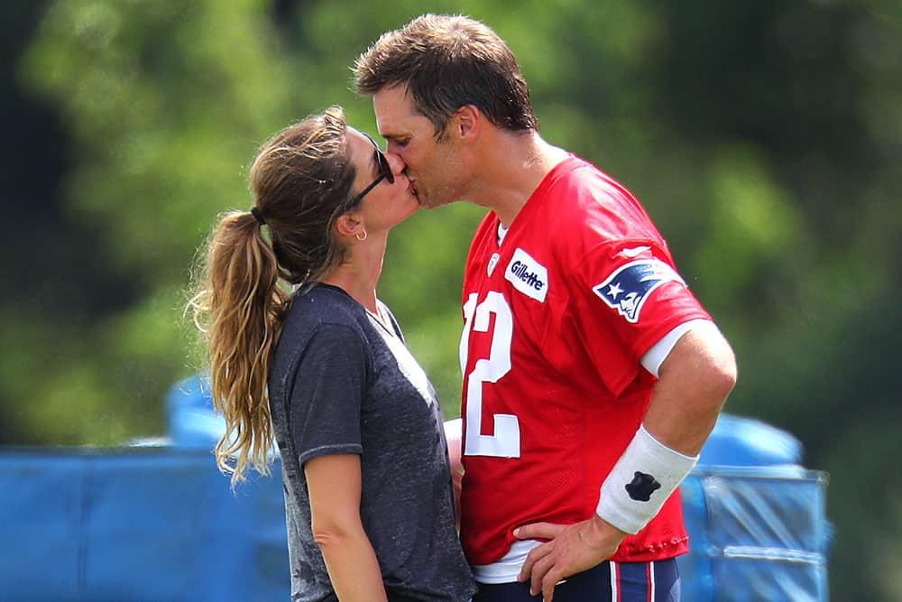 Tom Brady's Ex & Gisele Bündchen Open Up About Co-Parenting – Page